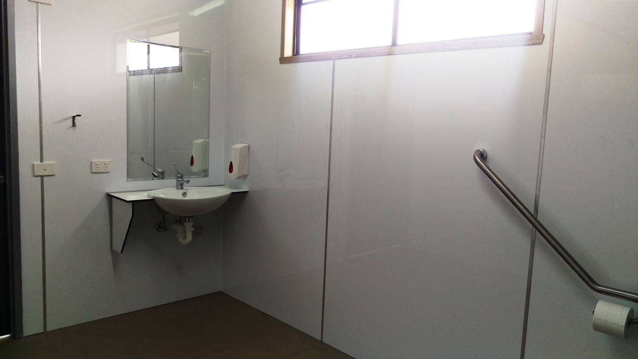 Khancoban Caravan Park disabled bathroom