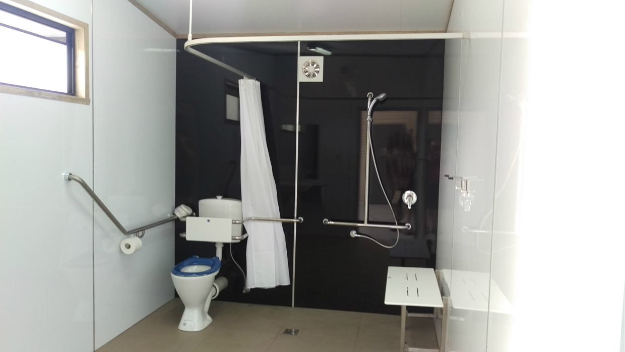 khancoban caravan park disabled bathroom 2